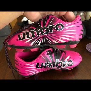 Umbro girls size 11 soccer cleats